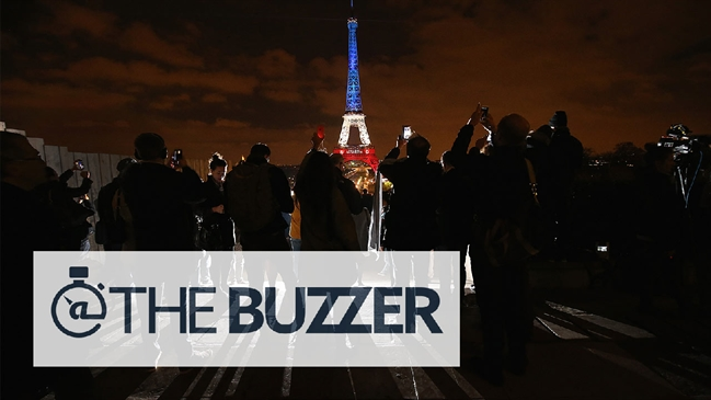 'French Everton Twitter administrator killed in Paris attacks' from the web at 'http://fsvideoprod.edgesuite.net/img/Fox_Sports_Production/1006/319/111615-buzzer-soccer-france-1280-mp_649x365_568044611503.jpg'