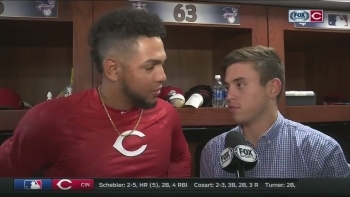Hernandez grateful for opportunity to pitch for Reds