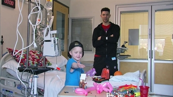 Clippers Weekly: Austin Rivers visits CHLA