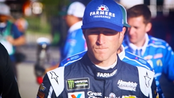 Kasey Kahne Looking to Improve in 2017 I NASCAR RACEDAY