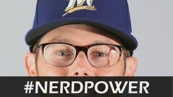 Eric Sogard shows off #NerdPower