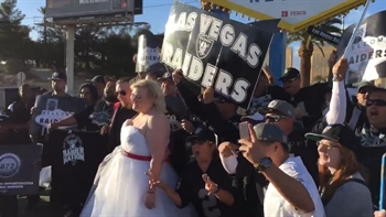 Raiders fan crash couple's wedding underneath the Las Vegas sign