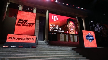 The 4 biggest surprises of the first round of the NFL draft