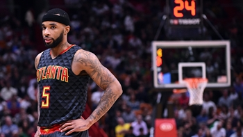 Hawks rookie Malcolm Delaney's brother attends his NBA game for first time