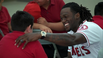 Angels Weekly: Cameron Maybin school visit