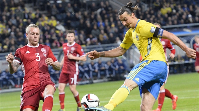 'Sweden vs. Denmark | Euro 2016 Qualifiers Highlights' from the web at 'http://fsvideoprod.edgesuite.net/img/Fox_Sports_Production/4/367/GettyImages-497160680_649x365_566975043751.jpg'