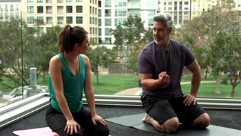 Get to know Padres hitting coach Alan Zinter while doing some yoga