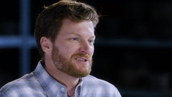 Dale Earnhardt Jr. 1-on-1 with Jeff Gordon I NASCAR RACEDAY