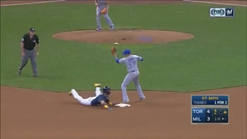 WATCH: Villar steals 3 bases vs. Blue Jays