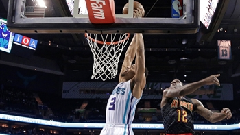 Hawks LIVE To Go: Shorthanded Hawks suffer 4th straight loss