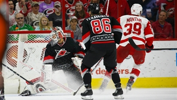 Hurricanes LIVE To Go: After making a late comeback in the 3rd, Red Wings win in OT over the Canes