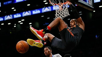 Hawks LIVE To Go: Hawks go wire-to-wire to beat Nets, run streak to seven