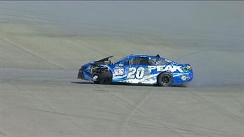 Matt Kenseth Hits the Inside Wall Hard   2017 FONTANA   FOX NASCAR