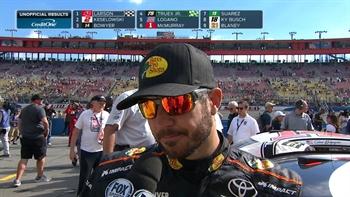 Martin Truex Jr. Falls to Fourth Late | 2017 FONTANA | FOX NASCAR