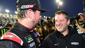 Tony Stewart finally wins Daytona 500...as owner