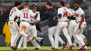 Braves LIVE To GO: Braves beat the Pirates in dramatic fashion