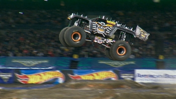 Max-D Wins Anaheim Freestyle - 2017 Monster Jam