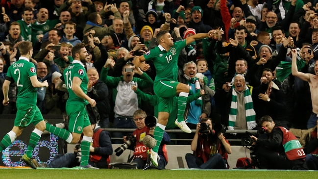 'Walters puts Republic of Ireland in front of Bosnia-Herzegovina | Euro 2016 Qualifiers Highlights' from the web at 'http://fsvideoprod.edgesuite.net/img/Fox_Sports_Production/825/163/4706871_649x365_567817795855.jpg'