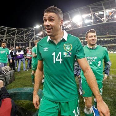 'Walters discusses heroic performance for Republic of Ireland vs. Bosnia-Herzegovina | Euro 2016 Qualifiers' from the web at 'http://fsvideoprod.edgesuite.net/img/Fox_Sports_Production/825/163/4706987_375x375_567901763584.jpg'