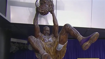 Lakers unveil Shaquille O'Neal statue at STAPLES Center
